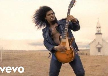 November Rain, Guns N' Roses, canción, video, historia en Youtuve, más visto en Youtube, mil millones de reproducciones, video de los 90, antes de la era de youtube, el primero en, el video más visto rock
